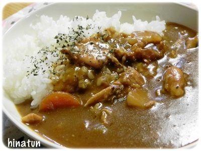 鶏手羽カレーに野菜の肉詰め、博多ラーメン