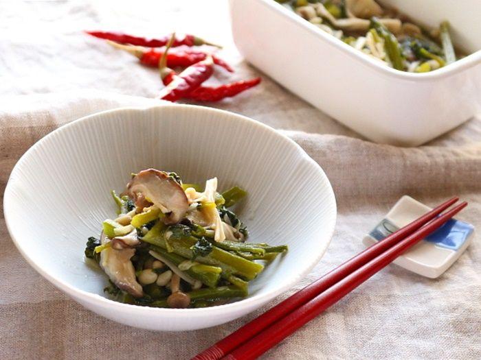 つるむらさきと塩きのこのうま煮☆夏野菜ときのこの組み合わせ。とろりん同士は相性が良いのです!