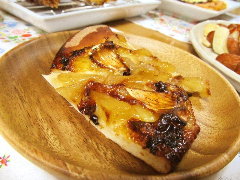 $ひなちゅんの!なちゅらる日記-りんごとカマンベールのピザ
