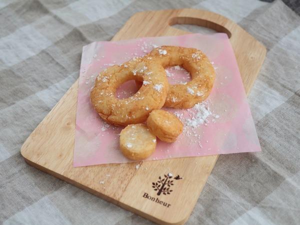 米粉のふわもちドーナツ(卵不使用)