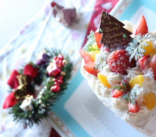 フルーツたっぷりのクリスマスケーキ4