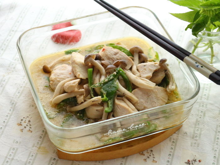 鶏肉とピーマン&しめじのマヨポン煮☆レンジ調理