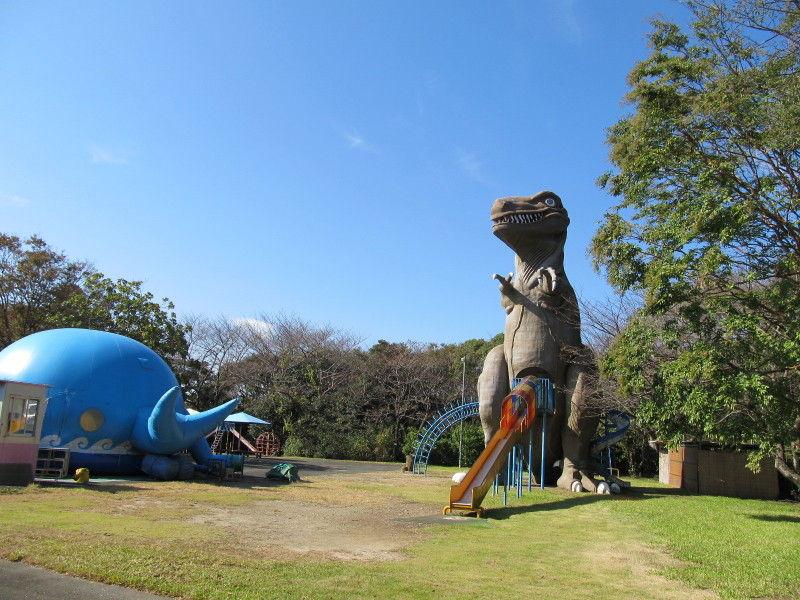 hinatunの!なちゅらる日記-恐竜のすべり台