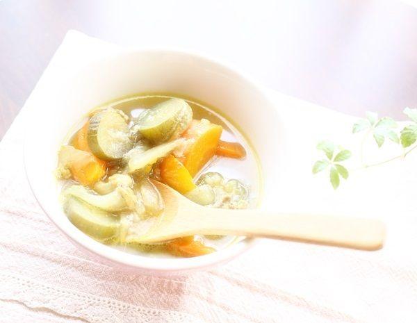 【家庭用電気圧力鍋】で作る 夏野菜のカレースープ