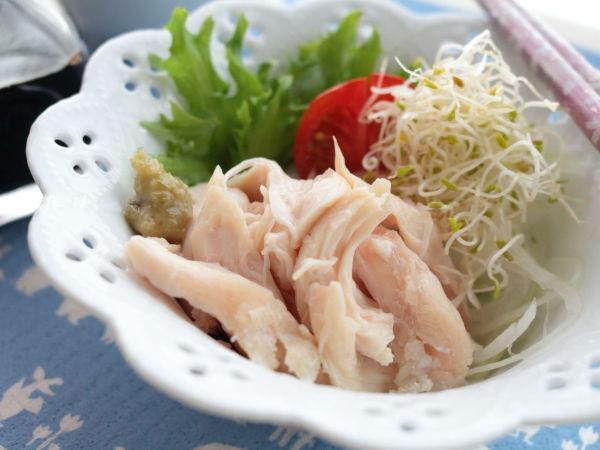 サラチキ生活はじめよう!簡単便利♪お湯につけておくだけ。ささみで作るしっとりジューシーサラダチキン