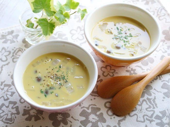 白菜としめじの食べるコーンスープ☆やさしい味付けが好き♡