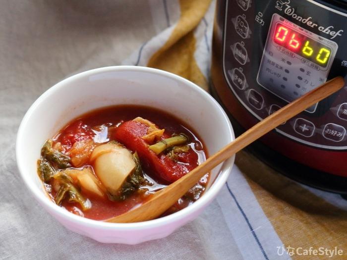 トマトと蕪のスープ☆アツアツのスープで寒さも吹き飛ばそう♪