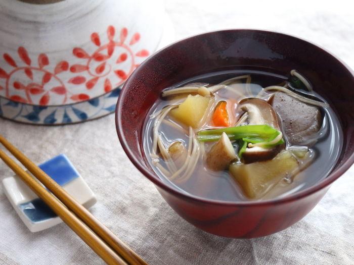 具だくさんのけんちん汁☆圧力鍋で作ってみたら根菜の旨味が凝縮された!!
