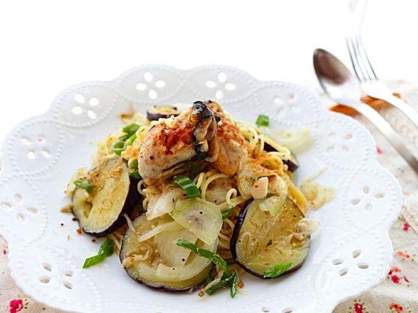 牡蠣と茄子のペペロンチーノ☆牡蠣好きにはたまらない!うまうまパスタ