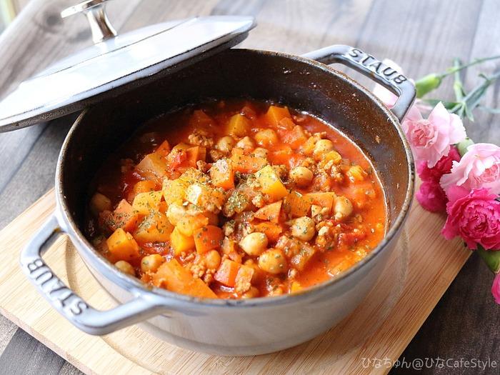 スパイスで風味アップ!トマトジュース+フレッシュトマトで作る減塩チリコンカン☆ストウブレシピ