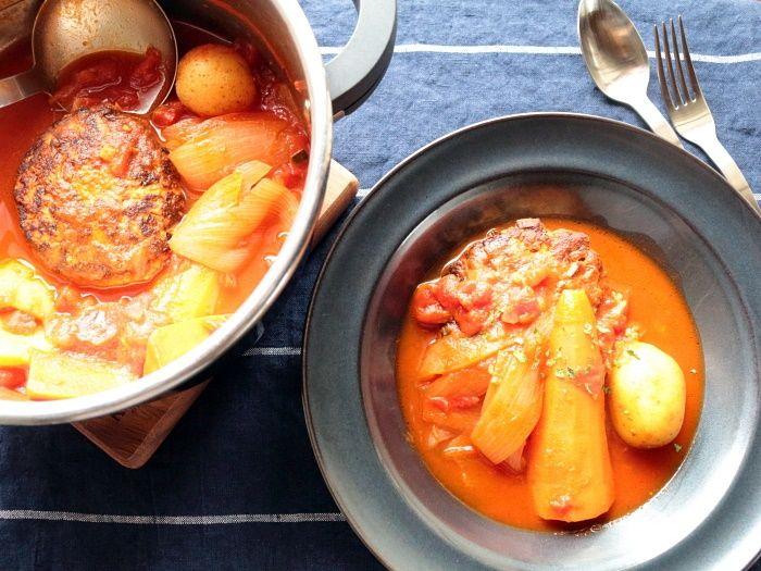 圧力鍋で加圧1分!野菜もごろっと♪ハンバーグトマト煮こみ