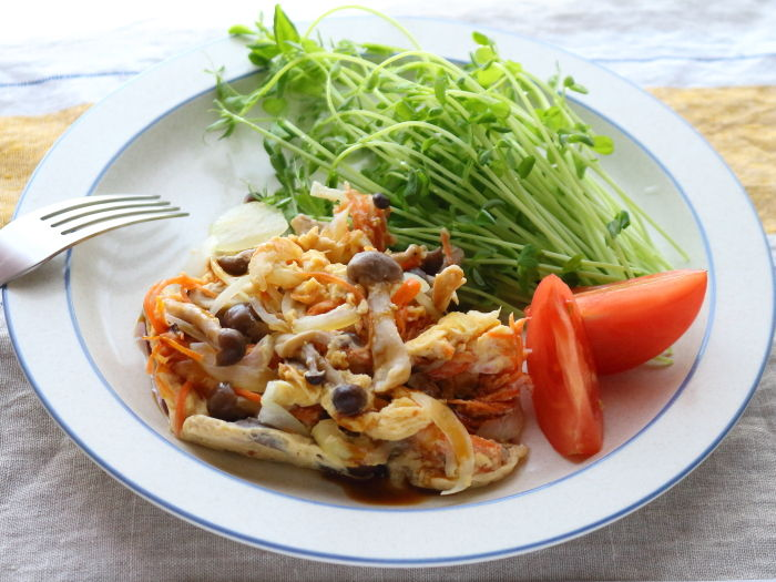 にんじんしりしり風なメインのおかず!実は冷蔵庫の半端野菜からレンジで作ってます!