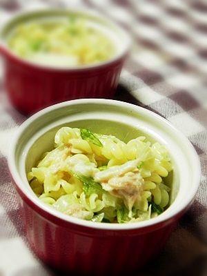 塩レモンの白菜漬けとツナとサラダクルル