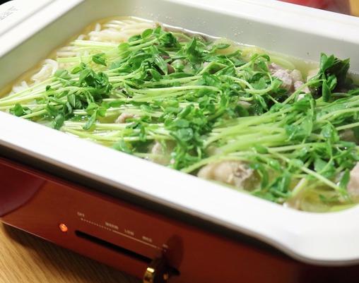 今年のトレンド鍋は「草鍋」だそうです!BRUNOさんでぬくぽかほっこり美味しく頂きました~