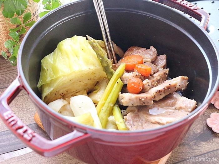 塩豚と野菜たっぷり無水調理☆【STAUB】スノーピーク R22 グレナ プラス