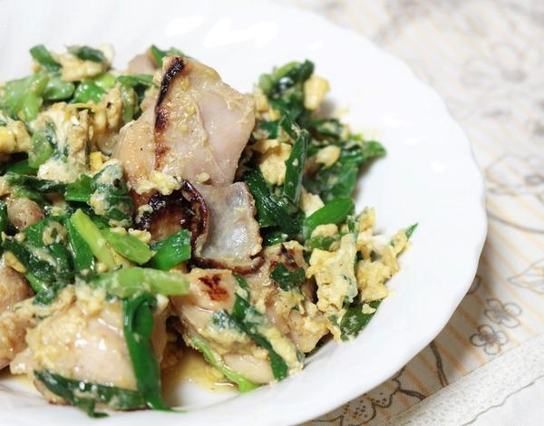 シンプルだけど嬉しいおかず。「鶏もも肉の青菜チャンプルー」