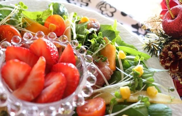 柿と生ハムのリーフサラダ9