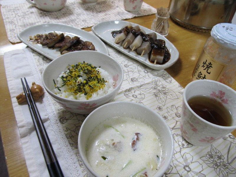 キャベツのミルクスープの夜ごはんと天ぷらの夜ごはん