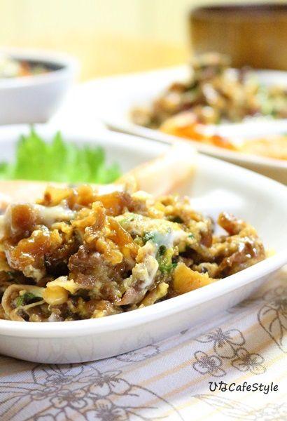 牛肉と白菜などの炒め煮の卵とじ