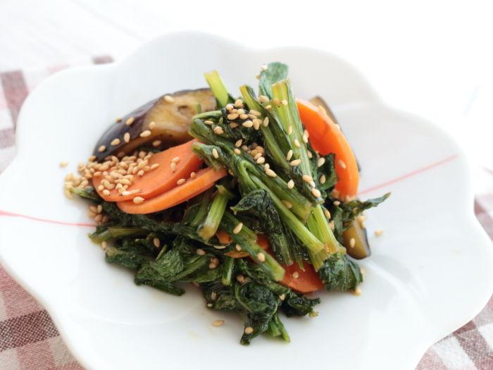 お肉メインの時の副菜にどうぞ「小松菜の野菜炒め」☆オルラヤの種