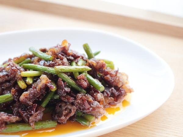 牛肉とにんにくの芽のコチジャン炒め2_1000