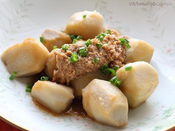 くるみ味噌で食べる♪里芋の煮っころがし