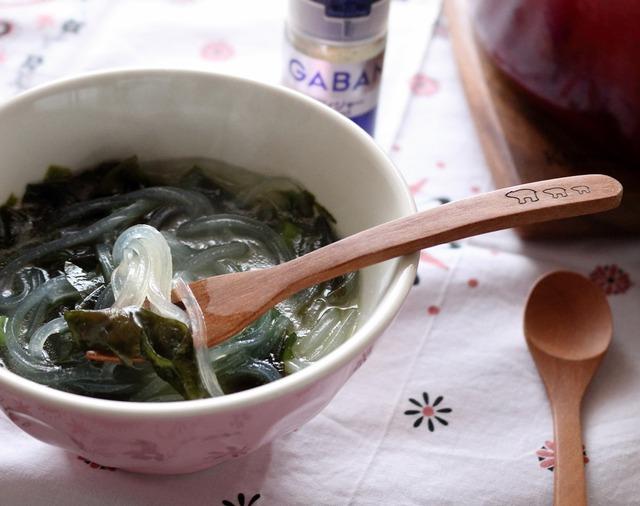 わかめとマロニーの食べるスープ3