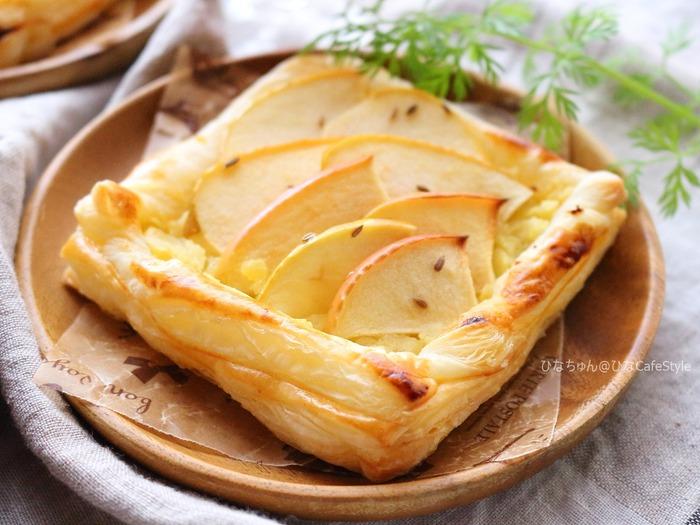 りんごとさつまいものパイ