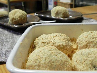 レンジと道明寺粉で作る きなこ餅(ぼたもち)