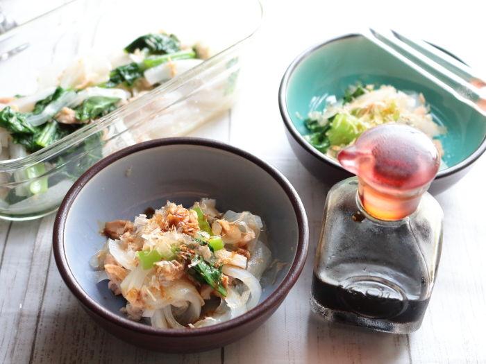 レンジで3分!5分で完成!!玉ねぎと小松菜のツナとおかか醤油和え☆小玉すいか&星型きゅうりの収穫