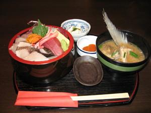 北陸海鮮七福神丼