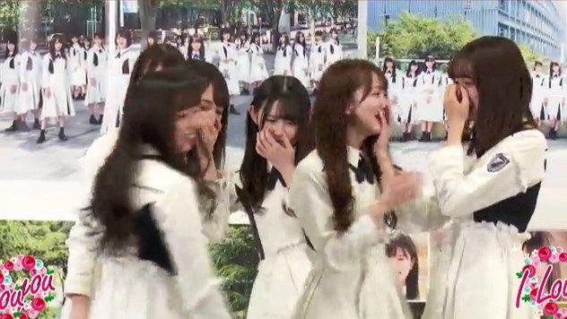【悲報】日向坂46のエース柿崎芽実さん、独立のサプライズを受け一人複雑な表情を浮かべる