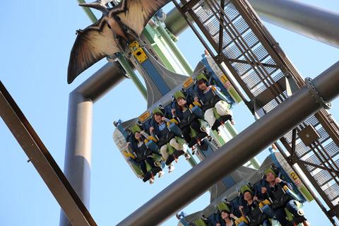 160414usj-flyingdinosaur1502-600