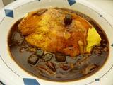 牛すじチーズデミグラスソースオムライス