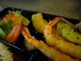 喫茶エリート、今週の弁当「海老と野菜の天ぷら 」