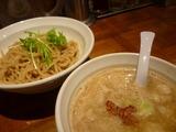 eiTo 8(エイト)、牛ホルモンつけ麺
