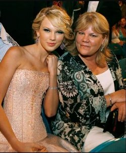 TaylorMother