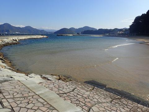 砂浜西側は穏やか@らららサンビーチ