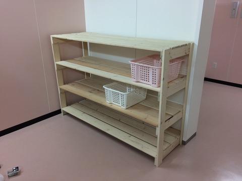 更衣室の棚づくり (5)