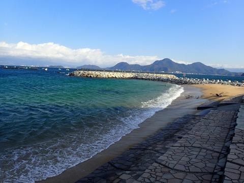 砂浜東側は波が当たる@らららサンビーチ