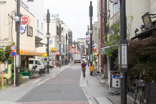 東京-190605117