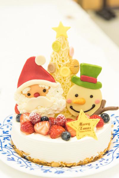 モリモリいちご!トロトロチョコ!一流ホテルのシェフが作るとっておきのクリスマスケーキを一足お先にいただきました【ひらつー広告】