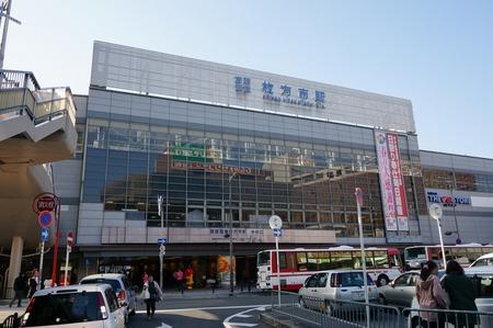 枚方市駅130323_01