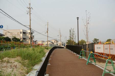 枚方茨木線歩道設置工事130815-34