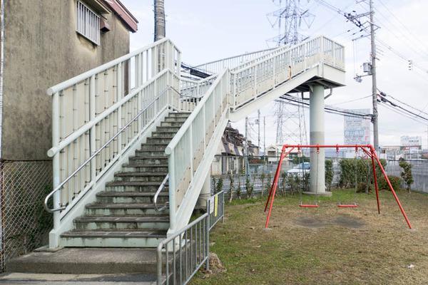 歩道橋-1801013