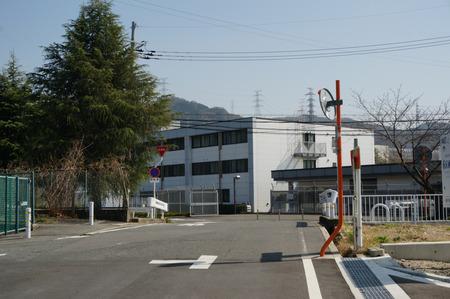 津田東自転車駐輪場130319-05