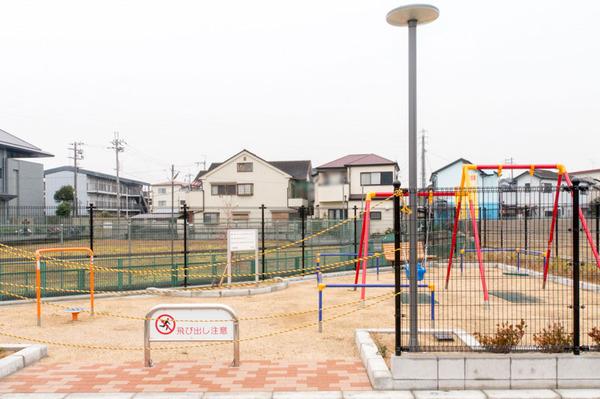 20171208片鉾東町赤ちゃん用ブランコ-1