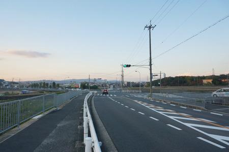 長尾荒阪コンビニ131122-02