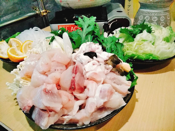 鍋2 てっちり2500円 エエ河豚がある時のみ!