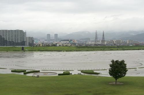台風11号・淀川-17